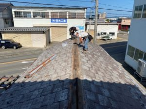 吉光工業・自社事務所の屋根めくり