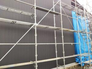 自社倉庫の外壁張り・5山スパン